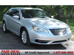 2012 Chrysler 200 Touring: Heated Seats/SirusXM/Heated Mirrors