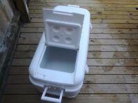 HI SPEC PROFESSIONAL COOL BOX