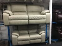 New/Ex Display LazyBoy Light Grey Finchley Electric Recliners 2 + 3 Seater Sofas