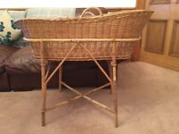 Wicker crib, Moses basket