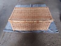 Large Whicker Basket with Lid. Ottoman sized.