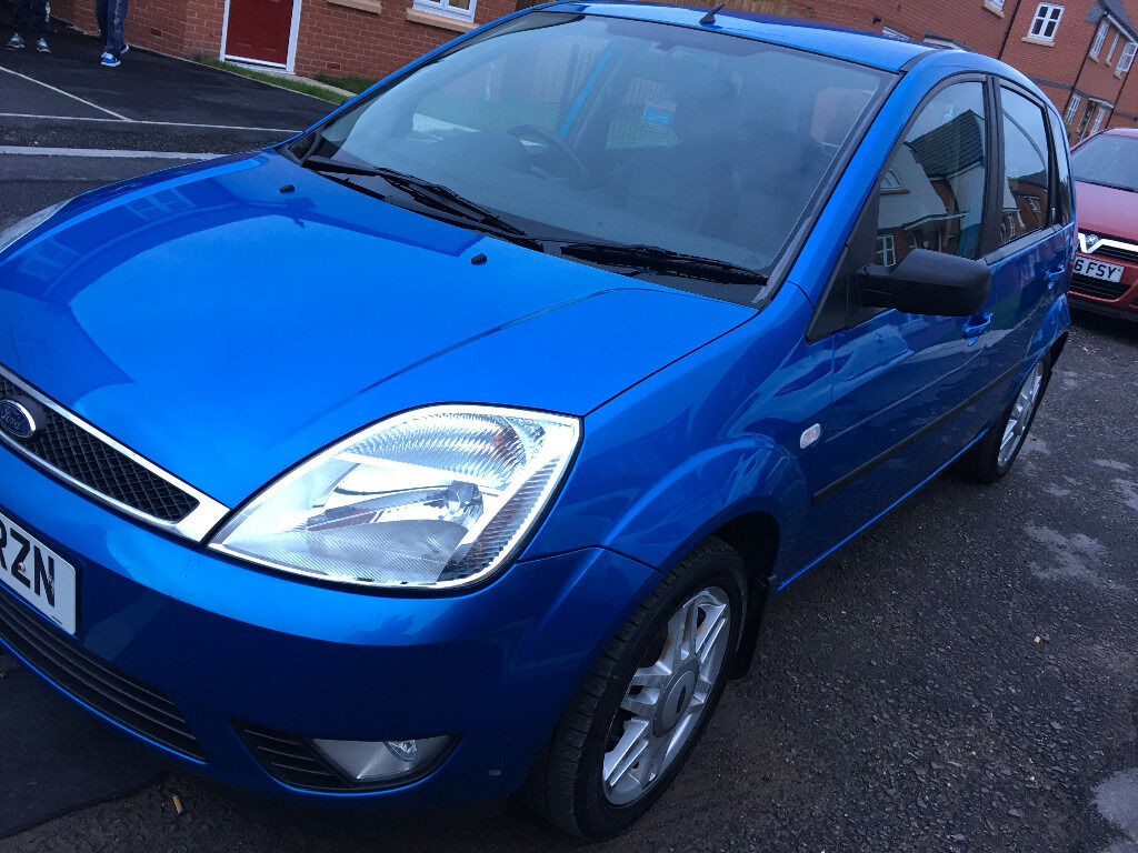 ford fiesta ghia 2005 1 4 12 months mot full service history bargain in walsall. Black Bedroom Furniture Sets. Home Design Ideas