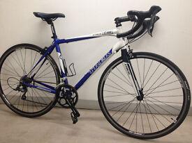 Trek pilot 1.0 road bicycle 56cm frame carbon fiber forks giant fsa shimano parts. just serviced