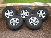 Genuine Land rover defender 90 2015 five spoke diamond cut and finished wheels