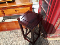 SMALL SQUARE CHINESE SIDE TABLE HARDWOOD ORIENTAL CHINESE SIDETABLE ORIENTAL FURNITURE IN YEOVIL