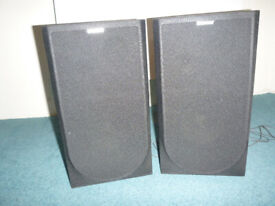 Sony Speakers good quality and good condition. Wooden surround and no marks.