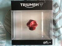 Triumph CNC Machined Oil Filler Cap - Red. Multifit Supersports and Street Triples up to 2015