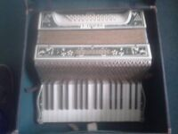 Hohner Verdi I Piano Accordian