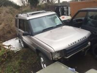 Landrover discovery breaking