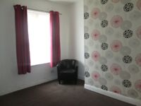 1 BED TERRACE TO LET ON TONG STREET