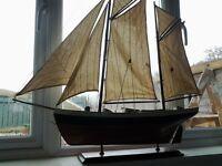 model boat / ship