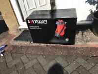 Sovereign shredder