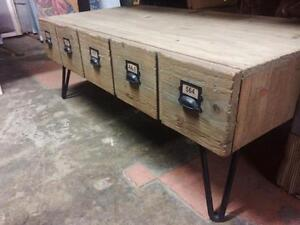 Table Basse Tiroir industriel Bois Acier -Indonésie // Steel and Wood coffee table with drawers -Indonesia