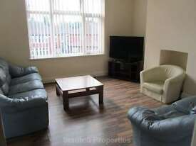 5 bedroom flat in £70 pppw, Mauldeth Road, Fallowfield
