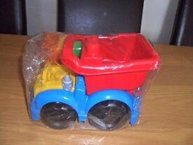 Mega Bloks truck and building blocks