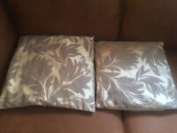 Selection of cushions and throws etc all in very good condition