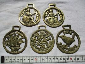 5 Vintage Horse Brasses depicting Old Coins - ONLY £2.50 The LOT - Collect Only