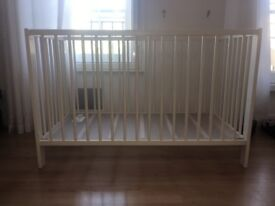 White cot great condition 120x60