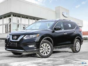 2017 NISSAN ROGUE SV- FREE 2WAY REMOTE STARTER