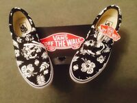 Reduced Mens Vans Shoes Brand New
