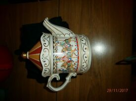 Collectable 'Sadler' Carousel teapot
