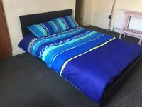 **EN-SUITE ROOMS TO LET ** LOW FEE'S & BOND ** 2 WEEKS RENT FREE ** MOVE IN TODAY **