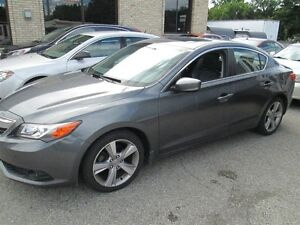 2013 Acura ILX leather , Roof,