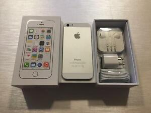 Apple iPhone 5S 16GB Silver - UNLOCKED w/FREEDOM - 10/10 - Guaranteed Activation + No Blacklist