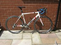 Mens Road Bike. NEW TIRES / JUST BEEN SERVICED.