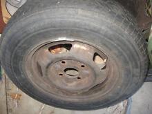 Toyota Tarago******1990 standard steel rim, & tyre Flagstaff Hill Morphett Vale Area Preview
