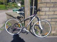 Scott Sportster P3 - Hardly used, lovely hi-spec ladies hybrid bike