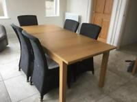 Oak Veneer Extendable table and 5 chairs