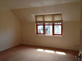 Modern, 2 bedroom ground floor flat in Lossiemouth available immediately
