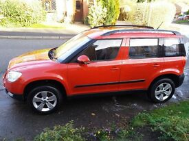 PRICE REDUCED..........VERY DESIRABLE LADY OWNED RED 2012 SKODA YETI 2.0 Litre Diesel