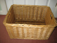WICKER BASKET, LAUNDDRY, TOYS, BEDROOM, PETS