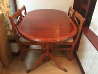 Table (extendable) & chairs