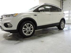 2017 Ford Escape SE - 4WD $221.33 Bi-Weekly For 72 Months 4.99%