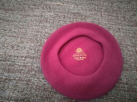 Ladies woolen beret