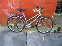 """Quality Ladies Town Bike Bicycle. Fully Serviced & Ready To Ride. Guaranteed. 6 Speed. 20"""" Frame"""