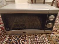 Akai 800W Microwave