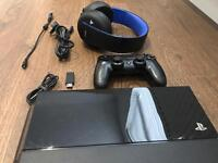 Sony Playstation 4 500 GB console + Sony Headset for PS4