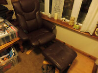 RECLINER MASSAGE CHAIR AND FOOTSTOOL