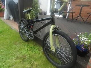 GT72 BMX Bike