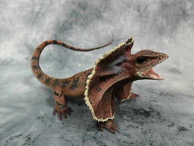 CollectA NIP * Frill-Necked Lizard * Wildlife Frilled #88690 Model Toy Figurine