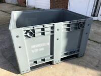 DOLAV PALLET BOX SOLID NEW BOX