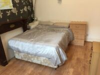 1 bed room, Salford, bills included, close to uni, city centre transport,shops,supermarket,amenaties