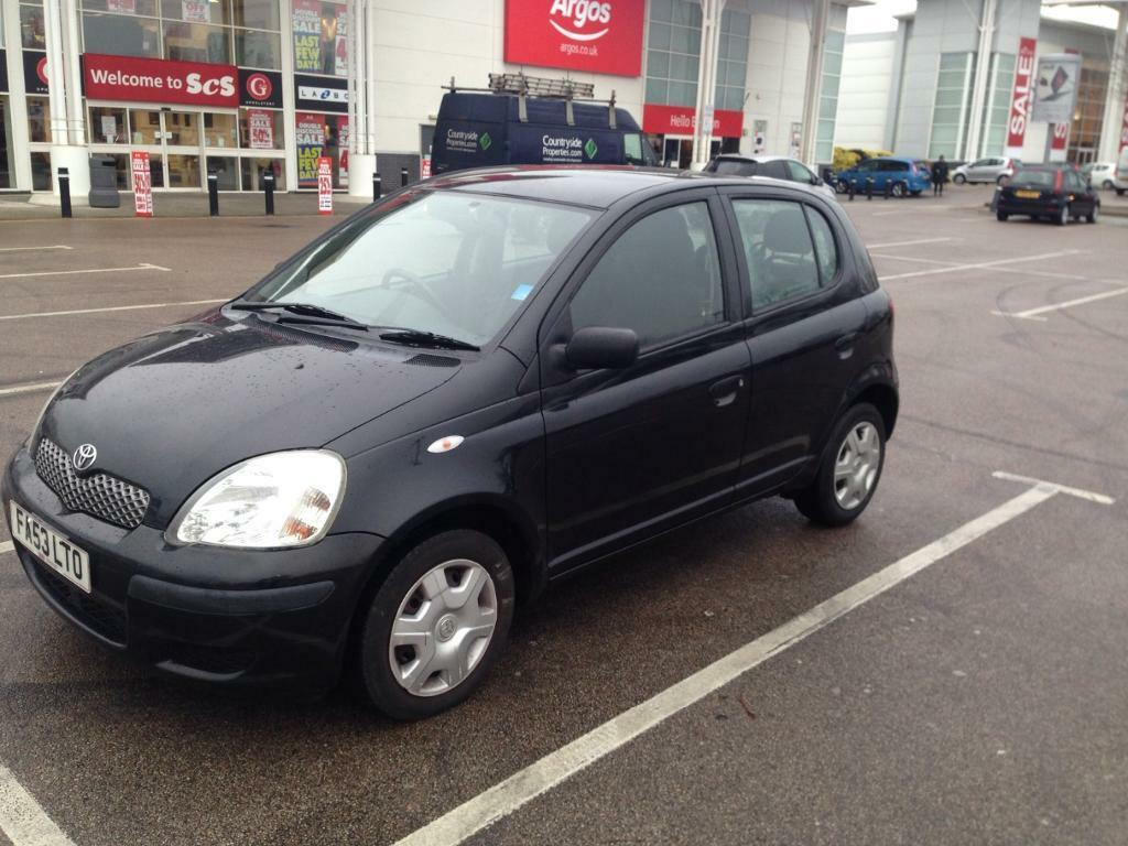 toyota yaris black 53 plate 2004 reg 1 0l 80k mileage in mile end london gumtree. Black Bedroom Furniture Sets. Home Design Ideas