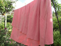 Pink Witney pure wool blanket, Gorgeously soft no moth holes. Perfect for winter nights!