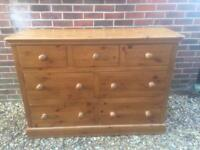 Large solid chunky pine chest of drawers. Dovetail Joints. Solid heavy quality build. Poss delivery