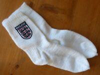 England football badged hand-knitted socks